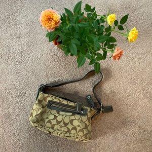 Gorgeous mini coach purse